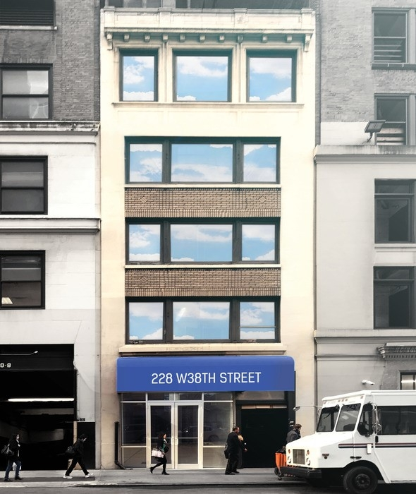 Winick realty group retail leasing consulting for 38 west 38th street 3rd floor